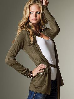 Victoria's Secret comfy and cozy fall outfit