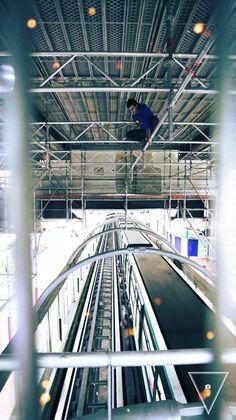 #ninja #metro #climbing #parkour #thehappylinks #photography