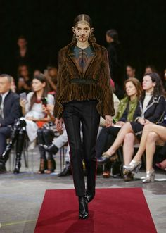 Givenchy: Fall 2015 Ready-to-Wear | ItsParisK