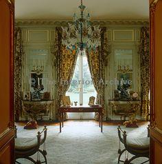 Duke and Duchess Windsor's villa in Prais