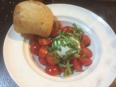 plain and simple; mozzarella di bufala tomato and basel (OC) (3264x2448) #foodporn #food #foodie #yummy #yum #foodgasm #nomnom #delicious #recipe