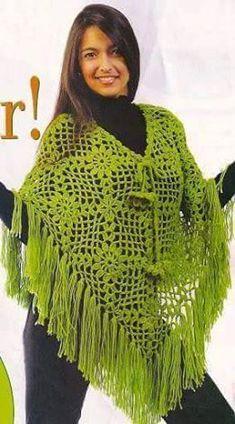 Katia Ribeiro Moda e Decoração Handmade : Poncho em Crochê Com União de Squares