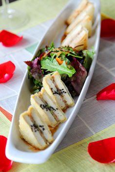 Serving authentic Korean cuisine and BBQ since Korean Bbq, Korean Style, Authentic Korean Food, Korean Kitchen, Tofu Salad, Korean Dishes, Crispy Tofu, Asian Recipes, Ethnic Recipes