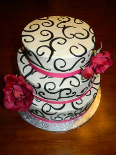 Pink and Black Wedding Cake (but orange not pinK)