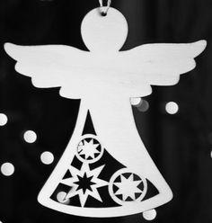Wirklich hübsch vielleicht als Geschenk Anhänger oder Baumschmuck mit unterschiedlichen Formen oder Ornamenten innen Vianoce, Výroba Vianočných Predmetov, Staré Knihy, Psaligrafia, Vianočné Dekorácie Christmas Angels, Christmas Time, Xmas, Christmas Projects, Holiday Crafts, Christmas Ideas, Wood Crafts, Paper Crafts, Wood Angel