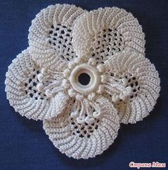 Ravelry: No 44 - La Pensee pattern by Madame G. Hardouin More Pattern originally in French, English translation here. Really pretty Irish Crochet Flower with chart Master class in knitting of motive of the Irish lace. This Pin was discovered by Nar Irish Crochet Patterns, Crochet Motifs, Freeform Crochet, Crochet Art, Lace Patterns, Crochet Designs, Crochet Stitches, Crochet Puff Flower, Crochet Flowers