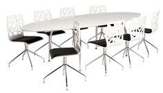 Unique matbord - Vit från Dan Form Denmark hos ConfidentLiving.se
