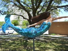Norfolk, Virginia has been taken over by mermaids! The art sculptures are all over the city are dedicated to local businesses and mermaid merchandise is available everywhere! Visit Norfolk to see mermaids. Norfolk Virginia, Virginia City, Virginia Beach, Portsmouth Va, Mermaid Sign, Mermaid Parade, Hampton Roads, Under The Sea, The Hamptons