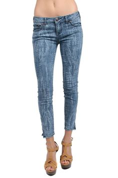 Free People The Feather Printed Cropped Skinny Jean size 31 #FreePeople #SlimSkinny
