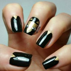 Gold & Black #nailart @ojebeni