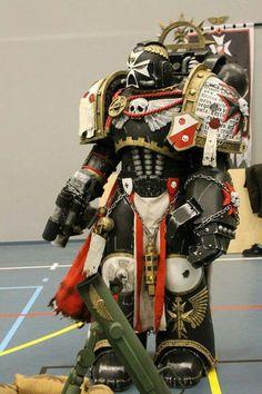 Black Templar Badass Cosplay Diy, Halloween Cosplay, Best Cosplay, Warhammer Online, Warhammer 40k Art, Black Templars, Steampunk Cosplay, Space Wolves, Geek Girls
