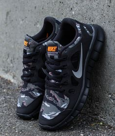 "Nike Free 5.0 GS ""Camo"" (2)"