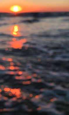 #sunset #beach #sunrise #sky #orange #holiday Stuff To Do, Things To Do, Attraction Tickets, Beach Sunrise, Best Rated, Professional Photographer, Rome, Traveling By Yourself, Dubai