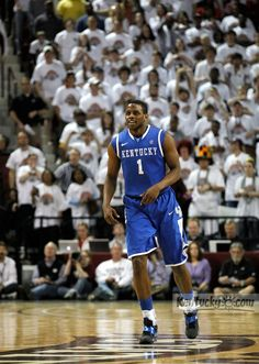 darius after hitting a three from downtown!