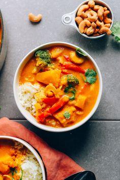 AMAZING Yellow Pumpkin Curry! 1 Pot, simple methods, SO flavorful + healthy! #vegan #plantbased #pumpkin #curry #recipe #glutenfree #minimalistbaker