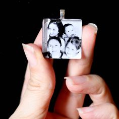 How to make your own custom photo pendant. Fab gift idea for mom or grandma!