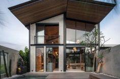 28 Modern Fish Tanks That Inspire Relaxation Loft Design, House Design, Building Facade, Bedroom Loft, Fireplace Design, Design Moderne, Private Pool, Modern Industrial, Windows And Doors