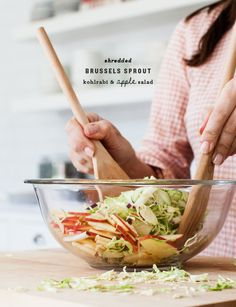 Shredded Brussels Sprout & Apple Salad Recipe - Love and Lemons Apple Salad Recipes, Whole Food Recipes, Dinner Recipes, Cooking Recipes, Dinner Ideas, Shredded Brussel Sprouts, Brussels Sprouts, Jai Faim, Vegetarian Recipes