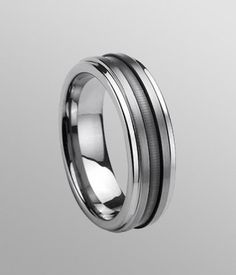 You can not miss such a eye-catching Domed-style Brushed Tungsten Carbide Band.