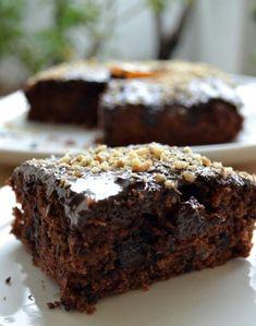 Κέικ σοκολάτας νηστίσιμο με πορτοκάλι και καρύδια  - Sweetly Sweets Recipes, Cake Recipes, Greek Cake, Greek Desserts, Greek Recipes, Sweet Cooking, Cooking Cake, Chocolate Sweets, Sweets Cake