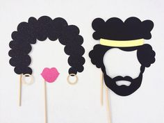 1970's Photo Booth Props; Afros Photobooth Props; 70s Party Photo Props; Hippie Birthday Party Decor (Handmade)                                                                                                                                                      Más