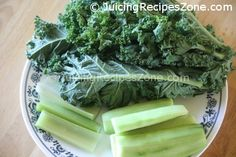 Juicing Recipe 2 - Cucumber Celery Kale Juice | Ingredients ready for juicing | www.juicingrecipeszone.com Cucumber Juice, Celery Juice, Kale Juice Recipes, Healthy Recipes, All Vegetables, Organic Vegetables, Beta Carotene, Juicing, Recipe Using