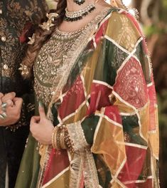 Bridal Mehndi Dresses, Fancy Wedding Dresses, Party Wear Dresses, Bridal Outfits, Gharara Designs, Pakistani Dress Design, Pakistani Dresses, Afghan Dresses, Stylish Dress Designs