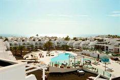 Spanje Lanzarote Puerto Del Carmen -Centraal gelegen in Puerto del Carmen -Mooie gerenoveerde appartementen -Alle appartementen met zwembadzicht smartline Lanzarote Palm is één van de nieuwste... EUR 418.00 Meer informatie #vakantie http://vakantienaar.eu - http://facebook.com/vakantienaar.eu - https://start.me/p/VRobeo/vakantie-pagina
