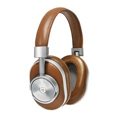 Add quality to your everyday life with this MW60 over ear wireless headphones from Master & Dynamic. Crafted from the finest materials, heavy grain premium cowhide features on the headband exterior wh