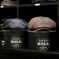 Gents, stay one step ahead of today's weather and opt for a hardy, eight piece cap. Here we have the Tremelo caps - the charcoal Tremelo cashmere and brown-mix Tremelo tweed Dapper Gentleman, Gentleman Style, Sharp Dressed Man, Well Dressed Men, British Style Men, Dapper Suits, Rugged Style, Moda Casual, News Boy Hat
