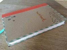 26 april 2014. Toen ik net mijn #lichtpuntjes opschreef, zag ik A. deze leuke, oranje (hoe toepasselijk!) tekst op de zijkant van mijn nieuwe notebook staan en bedacht ik me B. dat ik voor het eerst sinds het overlijden van Pierre niet heel verdrietig was op koninginne- cq koningsdag maar gewoon een lekkere relaxte dag had.