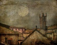 The Rooftops of Monteriggioni by jamie heiden, via Flickr