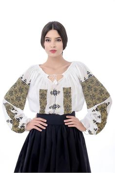 Little more formal way to wear peasant shirt Folk Fashion, Ethnic Fashion, Popular Costumes, Romanian Girls, Mode Alternative, Ukrainian Dress, Ukraine, Embroidered Clothes, Embroidered Blouse