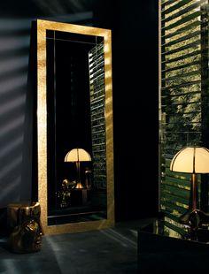 Miroir sur pied GRAND REFLET by BISAZZA Mosaico | design Carlo Dal Bianco
