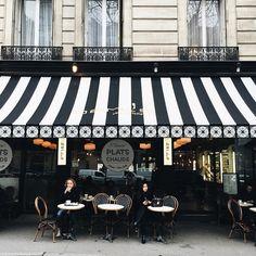 A Lifestyle café. Restaurant Brasserie, Pizza Restaurant, Deco Cafe, Love Cafe, Restaurants, Belle Villa, Shop Fronts, Shops, Cafe Design