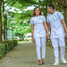 African couple clothing/African fashion/wedding suit/African couple dashiki /shirt and pants/ chemise et pantalon/Ankara styles/ prom dress Couples African Outfits, African Dresses Men, African Shirts, Couple Outfits, African Attire, African Wear, African Women, Nigerian Men Fashion, African Print Fashion