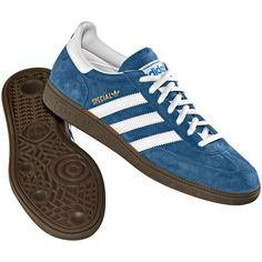 love the blue. Adidas Spezial, Sneakers Fashion Outfits, Mens Fashion Shoes, Sneakers Mode, Adidas Sneakers, Adidas Retro, Zapatillas Casual, Soccer Shoes, Sneaker Brands