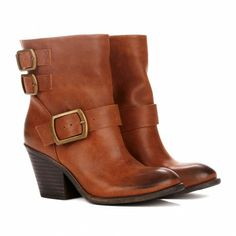 Sole Society - Block heel booties - Kiki I am seriously waiting for that sale! Cognac Boots, Brown Boots, Crazy Shoes, Me Too Shoes, Shoe Boots, Shoe Bag, Women's Shoes, Ankle Boots, Pretty Shoes