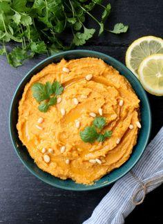 LINDASTUHAUG - det skal vere en opptur med sunn mat! Vegetarian Dinners, Tahini, Guacamole, Hummus, Pesto, Quinoa, Curry, Food And Drink, Snacks