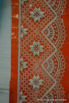 Bobbin Lace Patterns, Point Lace, Lace Making, Hello Kitty, Quilts, Blanket, Embroidery, Drawings, How To Make