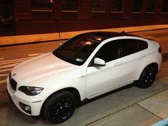 Alpine white with black rims Bmw X6 White, Bmw M3 Black, Black Rims, Black Wheels, Bmw Suv, Bmw Cars, Bmw X6 2017, Automobile, Alpine White