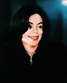 Michael Jackson Smile, Michael Jackson Wallpaper, Most Beautiful Man, Rare Photos, Pop, Joseph, Singers, Dancing, King