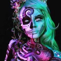 Cool and Glamorous Skeleton Makeup Ideas - FX - Halloween Sfx Makeup, Costume Makeup, Makeup Art, Makeup Tips, Makeup Ideas, Comic Makeup, Skull Makeup, Makeup Goals, Makeup Tutorials