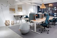 Background Senab has throughout the years assisted a variety of companies to change workplacestrategy in conjunction with a physical change of the Ikea Office, Office Workspace, Office Meeting, Commercial Design, Stockholm, Workplace, Hard Graft, Physical Change, Lounge