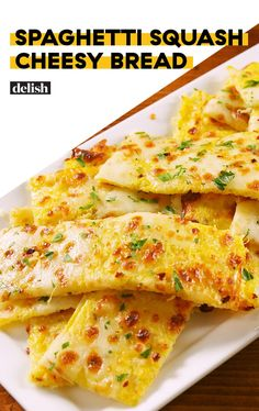 Best Spaghetti Squash Cheesy Bread from Delish recipe is 411 cal, protein (with whole milk mozzarella) Low Carb Recipes, Diet Recipes, Vegetarian Recipes, Cooking Recipes, Healthy Recipes, Cooking Bread, Keto Bread, Recipies, Bread Recipes