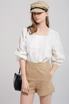 Brianna Linen Shorts Discover the latest fashion trends online at storets.com #fashion #linenshorts #shorts #storetsonme