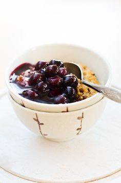 Scandi Foodie: Oven-Baked 3-Grain Porridge with Blueberry Soup