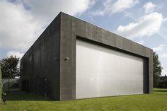 Casa Cofre / Robert Konieczny KWK Promes | ArchDaily Brasil