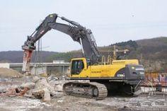 1284 best excavators images on pinterest in 2018 crane heavy rh pinterest com Volvo Track Volvo 330 Excavator Long Reach Specs