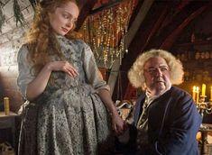 Claire Fraser, Jamie Fraser, Outlander Costumes, Outlander Series, Sam Heughan, Season 1, The Rock, It Cast, Dreadlocks